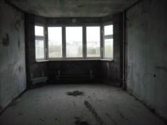Большая комната с эркером