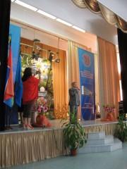 Смолий С.И. поздравляет выпускников