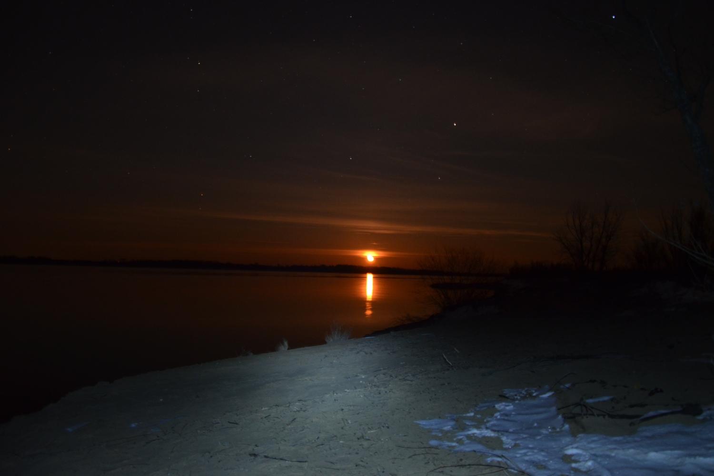 Восход Луны на Волге - (1500х1000).JPG