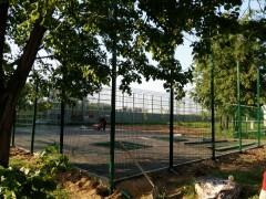 Спортивная площадка у д. № 1, в 1 мкрн.