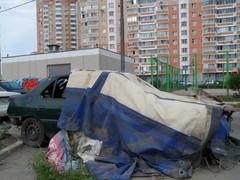 За 25 домом по ул. Радужная перед котельной