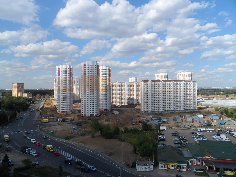 """Через четыре года, здесь будет """"Первый Московский Город Парк"""" )"""