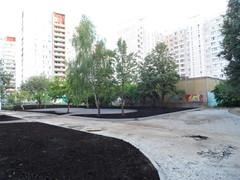 подвели дорогу к кустам, у ЦТП от 2063 школы г. Московский (фото 2014)