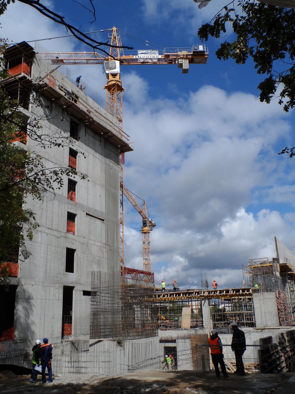 Строительство стадиона и гостиничного комплекса в п. Внуково (ул. Большая Внуковская)