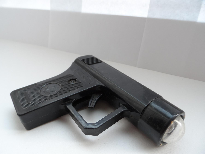 Пистолет фонарик