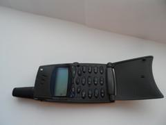 """Мой первый сотовый телефон, """"ERICSSON"""" made in Sweden"""