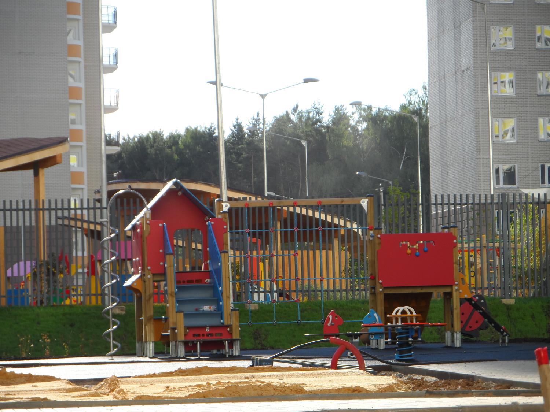 Московский, детские площадки 5 мкр..