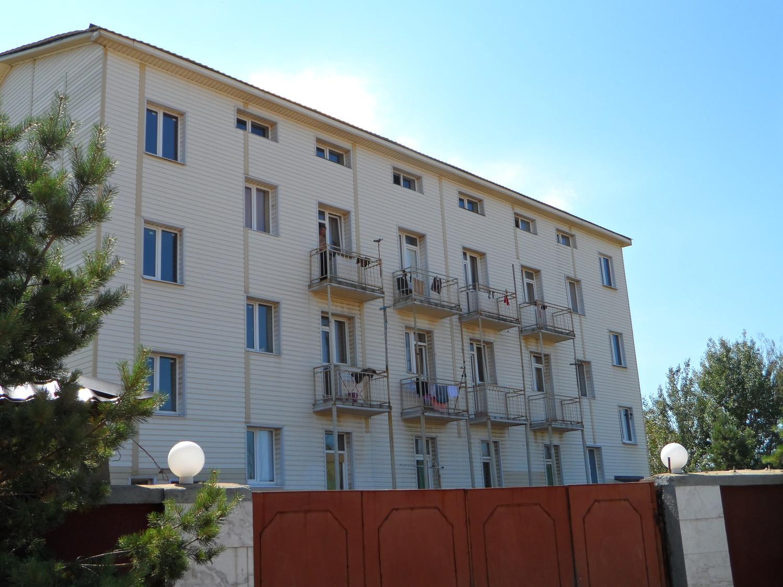 Чудо гостиница, т. к. постояльцы сразу спрятались увидев фотоаппарат )