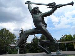 Мальчиш - Кибальчишь (памятник)