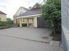 Дом бывшей главы администрации Тишкиной Л.И.