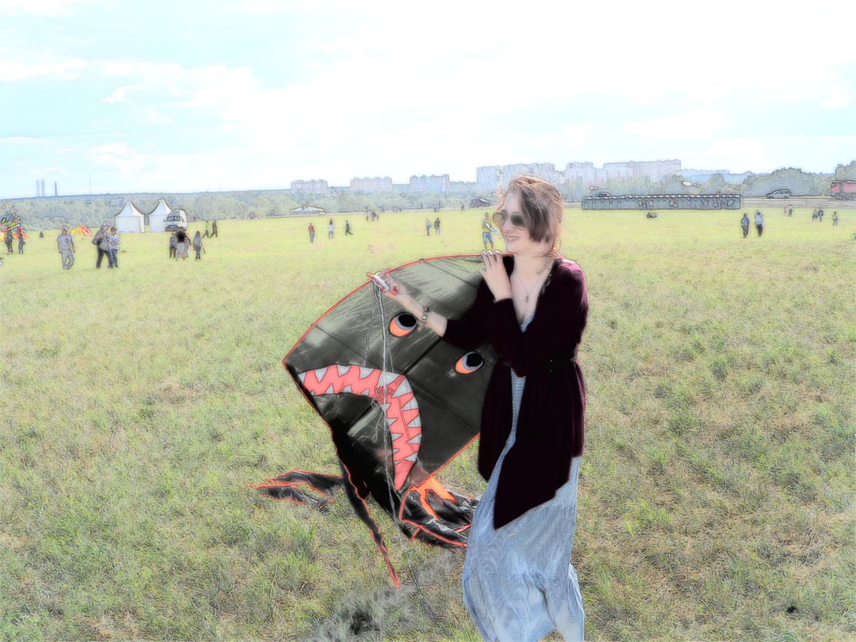 "Девочка и ""Акула змей"""