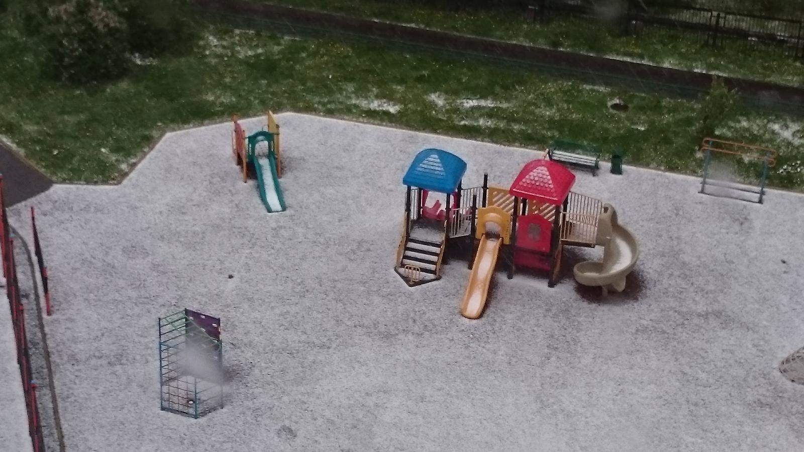 Снег 2 июня 2017